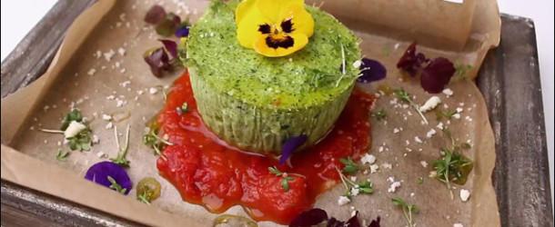 Флан из брокколи с томатным соусом