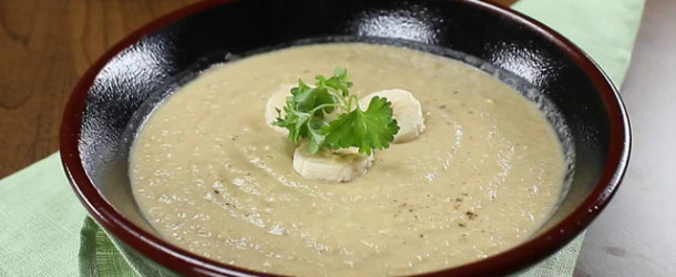 Суп-пюре из бананов с пастернаком и брокколи