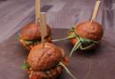 Мини-бургеры со сладким картофелем