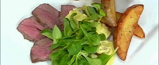 Говядина аля-бифстроганов с ароматным картофелем