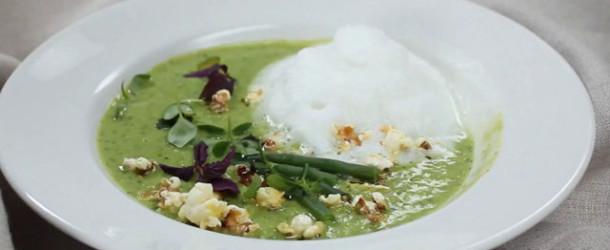 Крем — суп каппучино из зеленого горошка